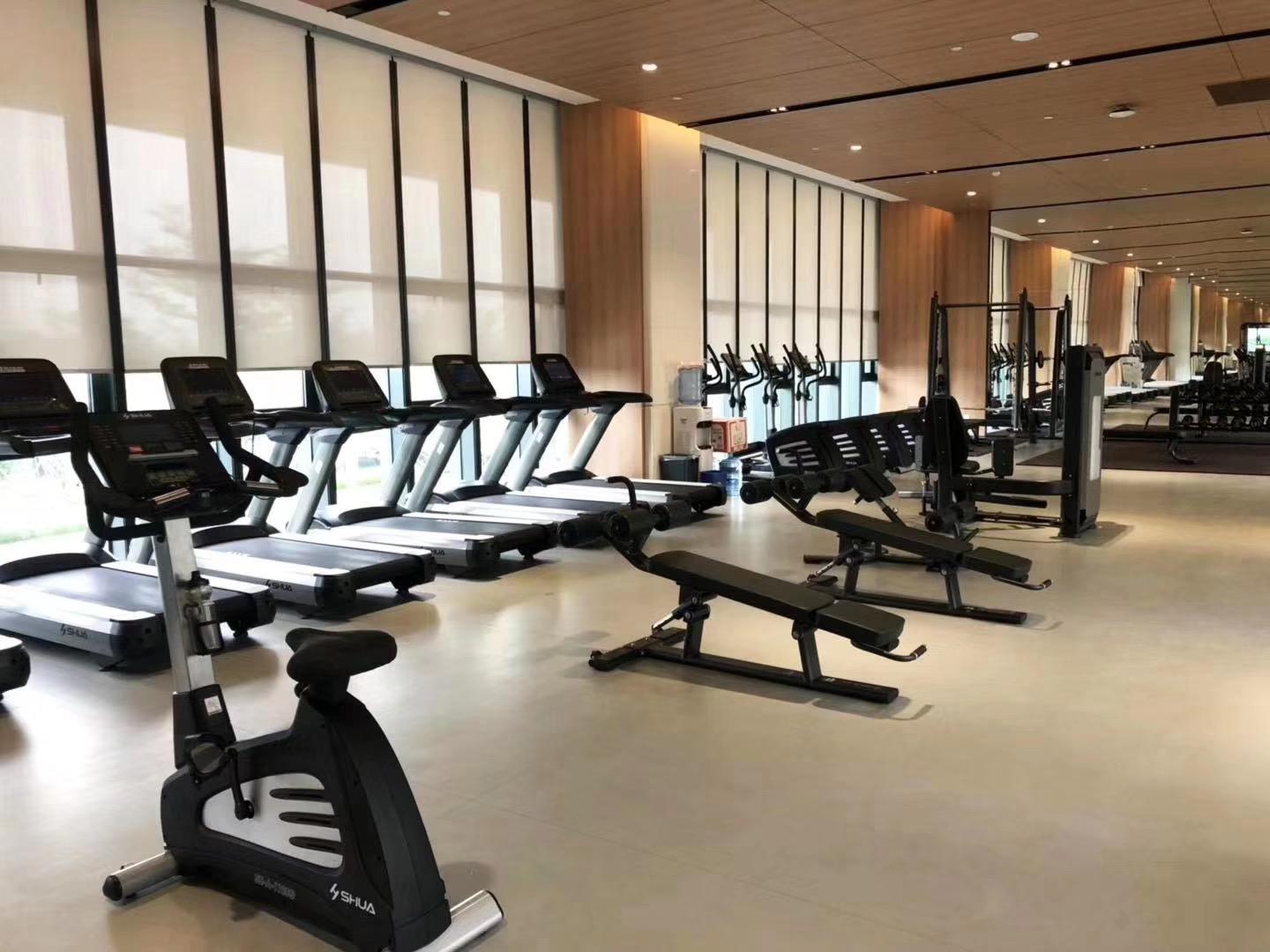 舒华企事业健身房案例 东莞vivo室内外健身圈
